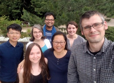 Gee Lab group photo May 2019